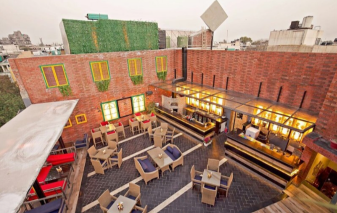 Uncultured Cafe & Bar - Kailash Colony - New Delhi Image