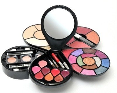 Cameleon Make up kit Image