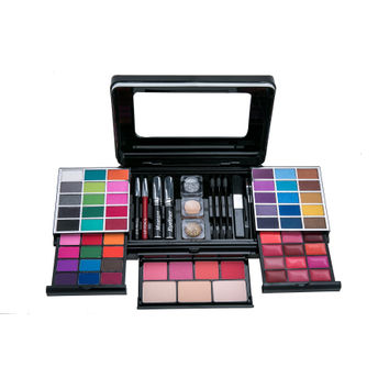 Miss Claire Make Up Palette Image
