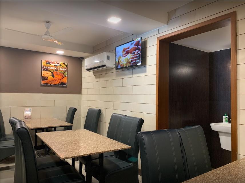 Azad Restaurant - Vazhuthacaud - Trivandrum Image