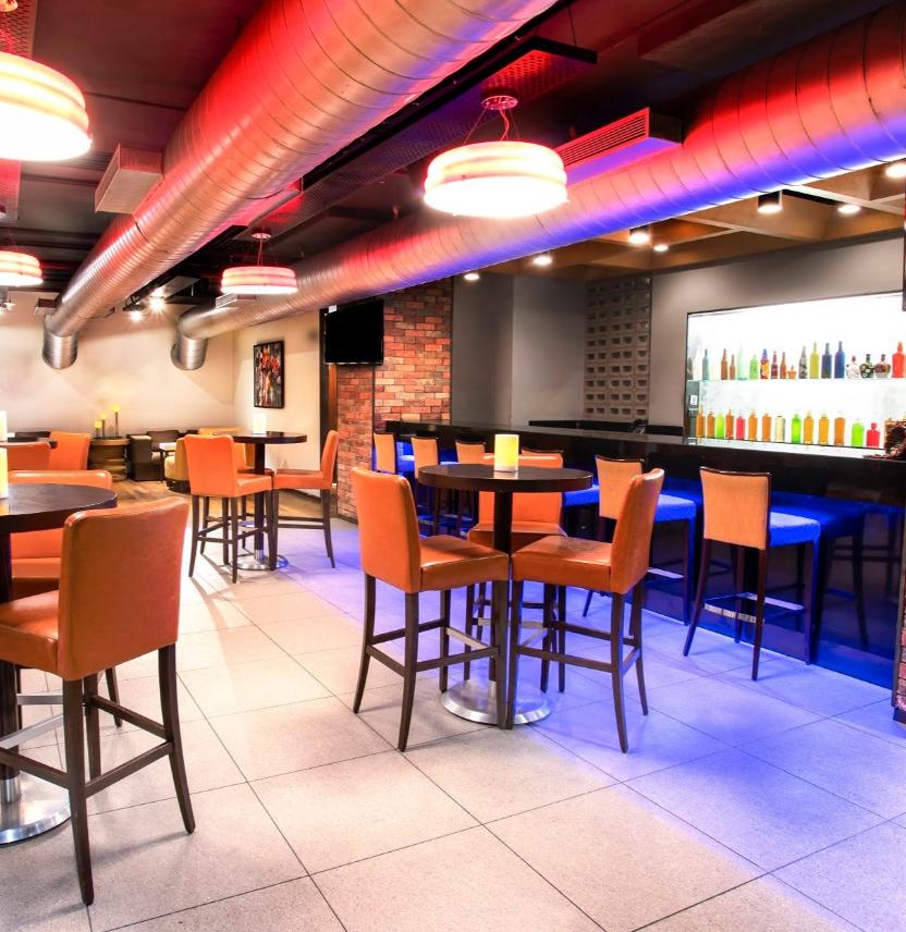 V Bar - Hilton Garden Inn - Palayam - Trivandrum Image