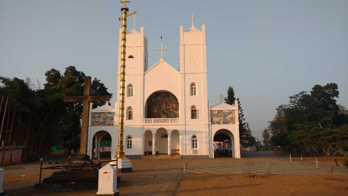 Pallikunnu Church - Wayanad Image
