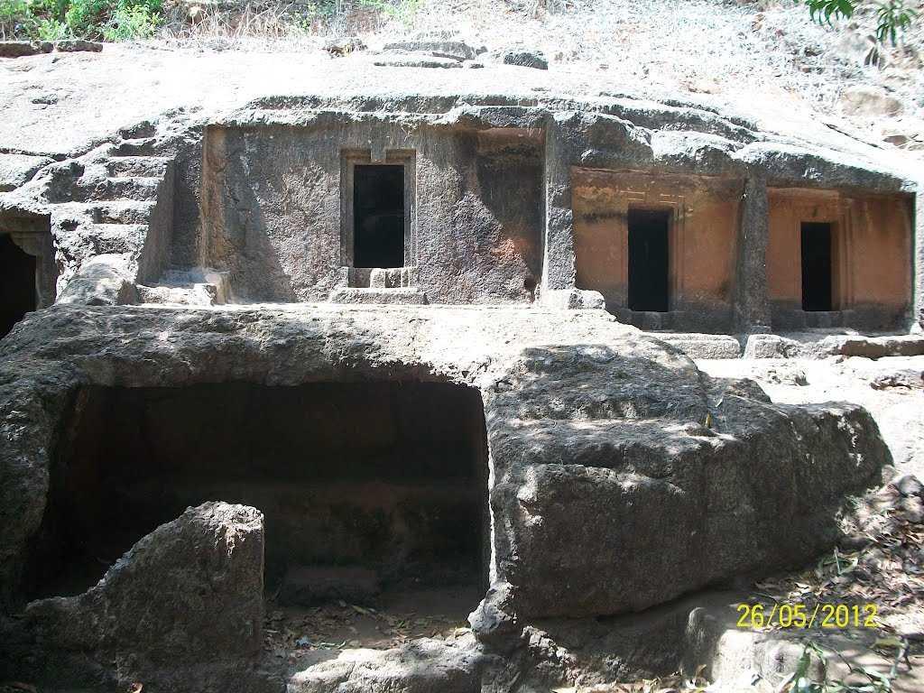 Panhalakaji Caves - Dapoli Image