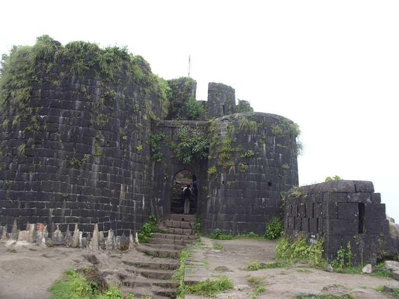 Purandar Fort - Pune Image