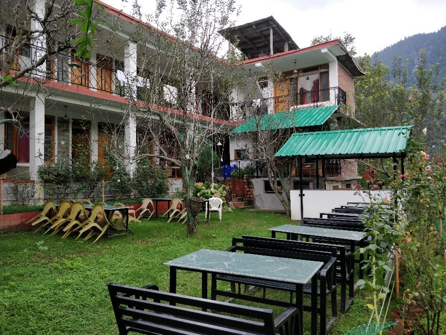 The Madpackers Hostel - Manali Image