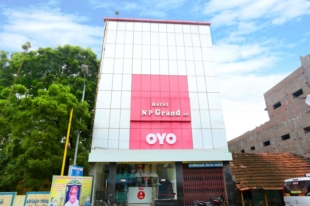 Hotel Nnp Grand - Thulasibawa Math Street - Rameswaram Image