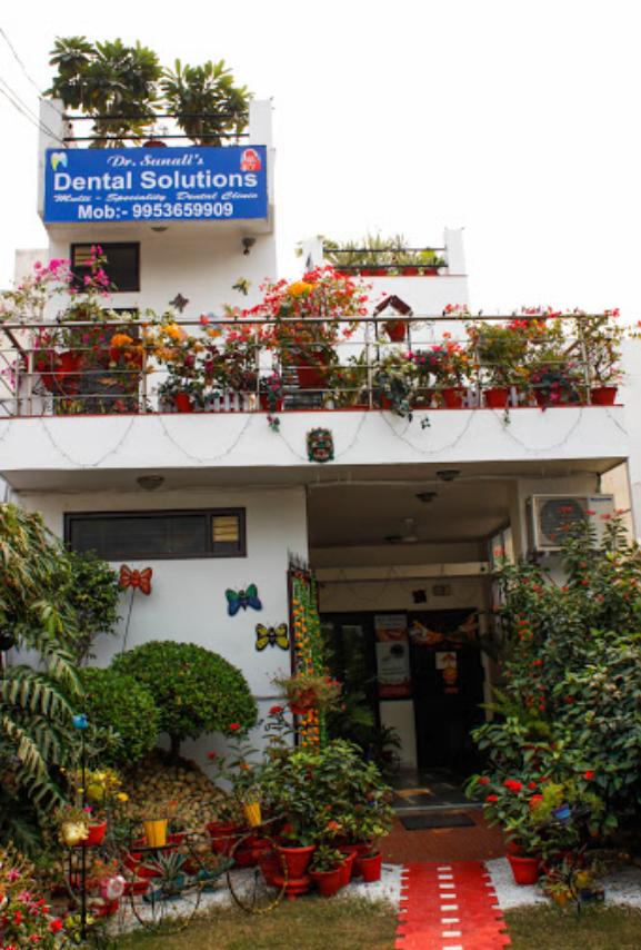 Dr. Sunali's Dental Solutions - Delhi Image
