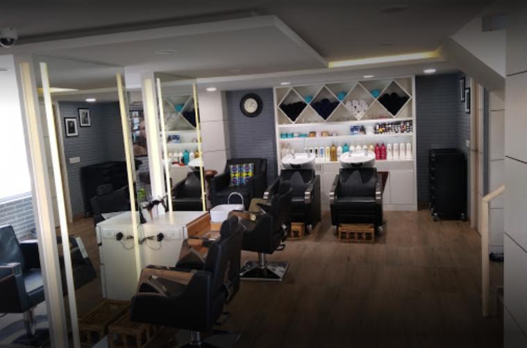 Uma Mauryas Hair & Beauty Salon - Gurgaon Image