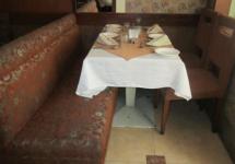 Rajyog Restaurant & Bar - Bandra - Mumbai