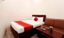 Laxmi Hotel - Swami Vivekanand Marg - Allahabad
