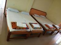 Shashidhar Boarding & Lodging Hotel - Kundapur - Udupi