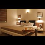 Hotel Platinum - Kalwa Chowck - Junagadh