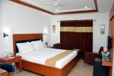 Panchratan Hotel - Fafadih - Raipur