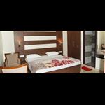 Hotel Waves - Zirakpur