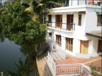 Kumarakom Guest House - Kottayam