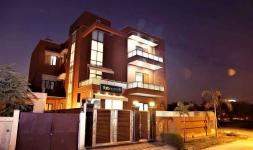 FabHotel Aksh Palace I - Golf Course Road - Gurgaon