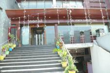 FabHotel Madhura Inn - Daba Gardens - Visakhapatnam