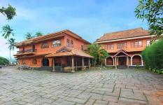 The River Retreat - Thrissur