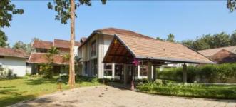 Whispering Waters Resort - Ernakulam