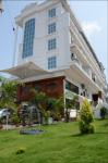 Hotel Sky Pearl - Kannur