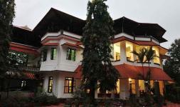 Chamundi Hill Palace Ayurvedic Resort - Kottayam