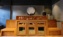 Moonshine Cafe & Bar - Lokhandwala - Mumbai