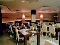 MRA Signature Bakery & Restaurant - Poojapura - Trivandrum