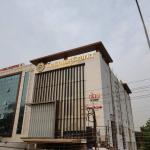 Hotel Le Lotus Grand - Varanasi