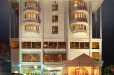 Hotel Abad Plaza - Kochi