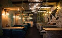 The Bowton House Cafe - Satya Niketan - New Delhi