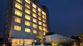 Monsoon Empress Hotel - Kochi