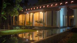 Baymaas Lakehouse Resort - Kochi