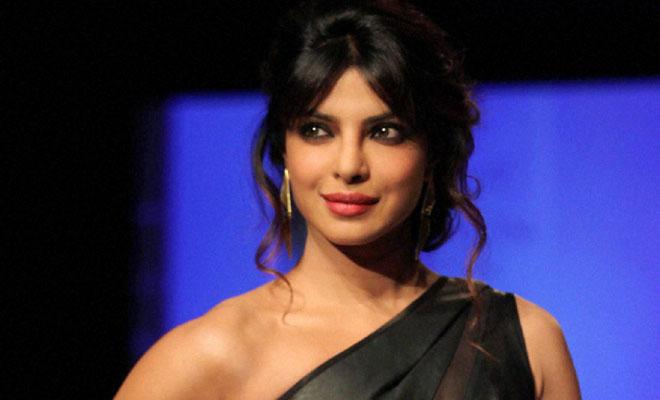 Priyanka Chopra Is Now The Most Dangerous Indian Celebrity Online - Umang129 Blog -9379